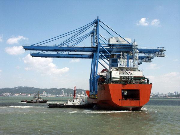 STS Cranes transport